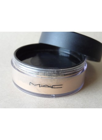 Mac Select Sheer Powder Nc20