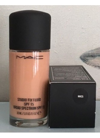 Mac Studio Fix Fluid Foundation 30ml Nw25